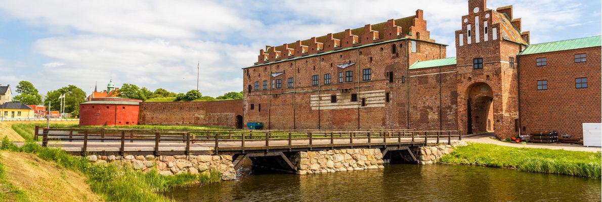 Частные экскурсии в Мальмё с русскими гидами