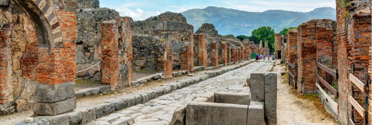 русские гиды в Помпеях