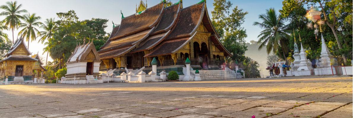 русские гиды в Лаосе