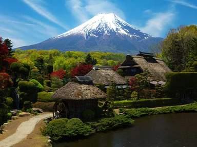 Деревня у подножия Фудзи