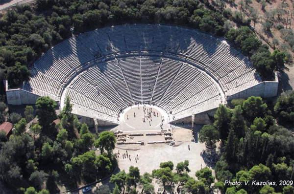 Эпидавр-театр на Пелопоннессе