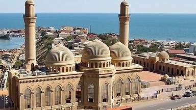 Джума-мечеть в Баку