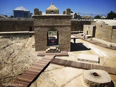 Храм огнепоклонников «Атешгях»