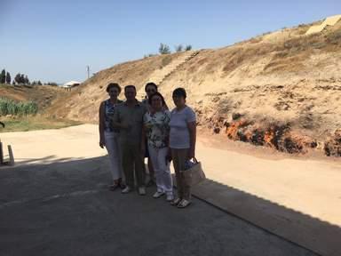 Поездка в пригород к горящей горе ЯНАРДАГ