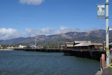 Вид на Санта-Барбару с пирса