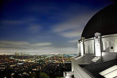 Панорама Лос-Анджелеса со смотровой прощадки в Обсерватории Гриффита