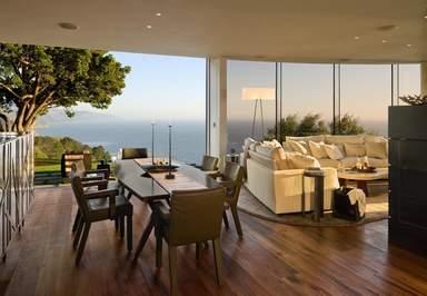 Вид на море из холла виллы в Лос-Анджелесе