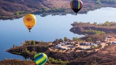 Полёт на воздушном шаре над долиной виноделов