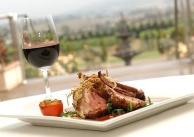 Мясо с красным вином