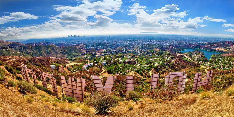 Панорама Лос-Анджелеса со смотровой площадки в Гриффит парке