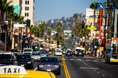 Улица Сансет Стрип в Лос-Анджелесе