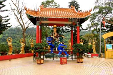 Даосский храм Вонг Тай Син