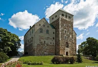 Замок - крепость Турку