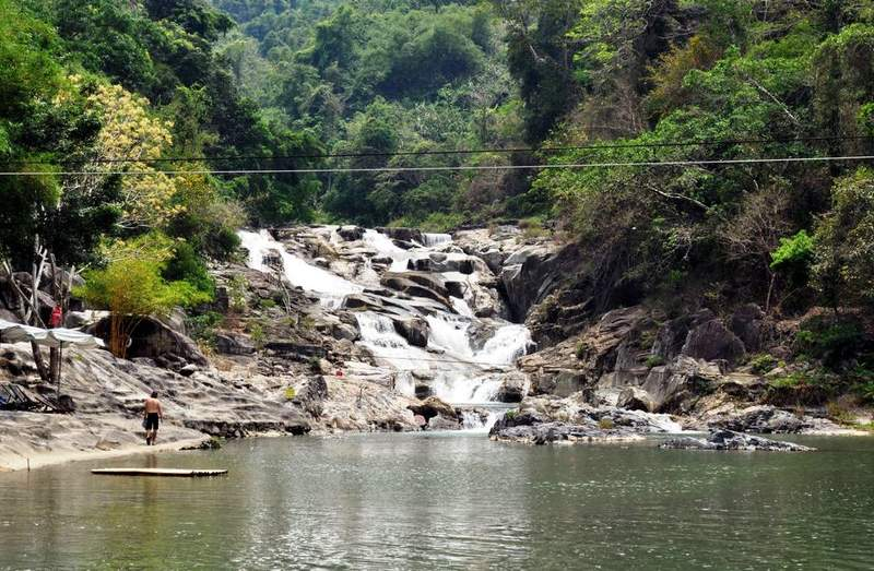Водопад Yang Bay