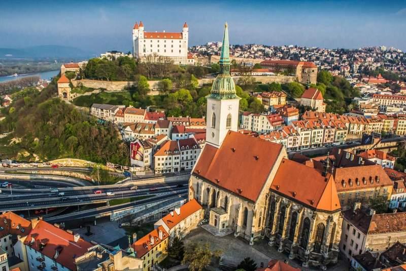 Панорамный вид Братиславы