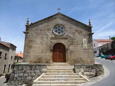 Старинная церковь в Монсанту