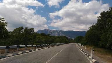 Дорога на Ласпинский перевал