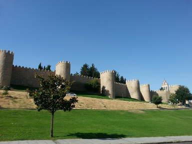 Стена вокруг города Авила