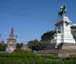 Памятник Джузеппе Гарибальди и замок Сфорца