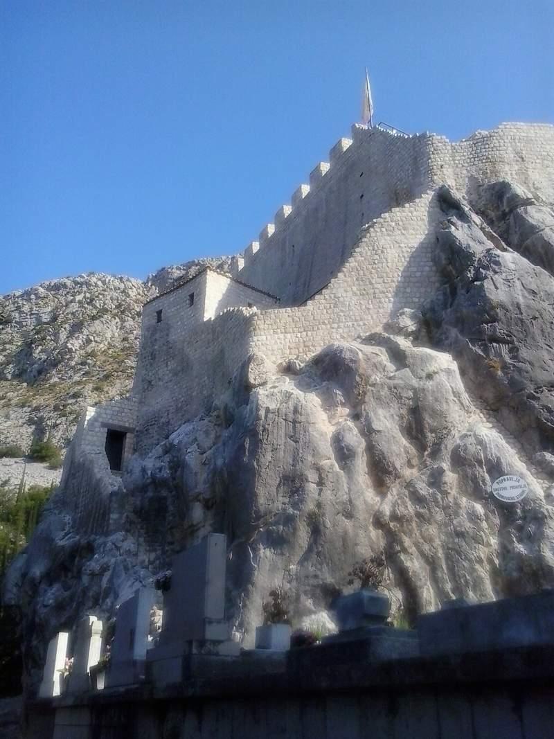 Крепость Сокол-град в Конавлье