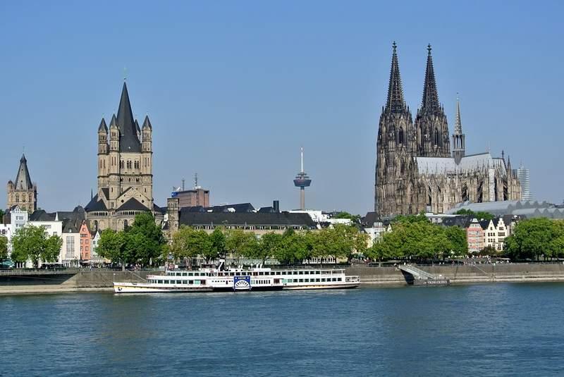 Кёльнский собор и Рейн