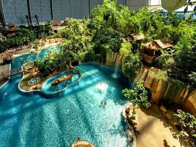 В аквапарке