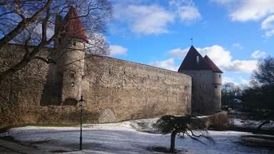 Крепостная стена Старого Таллина