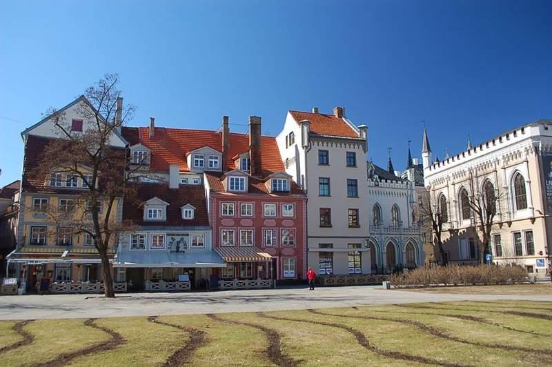Ливская площадь в Риге