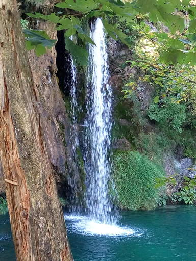 """Водопад в национальном парке """"Плитвицкие озёра"""""""