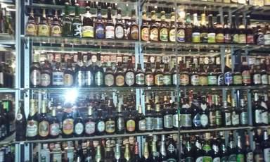 Самая большая в мире коллекция пивных бутылок