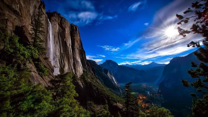 Каменное чудо в парке Йосемити