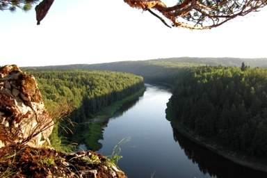 Панорамный вид реки Чусовая