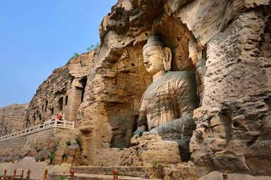 Пещеры Лунмэнь