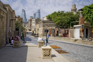 Улица Старого Баку