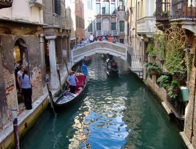 Двор в Венеции