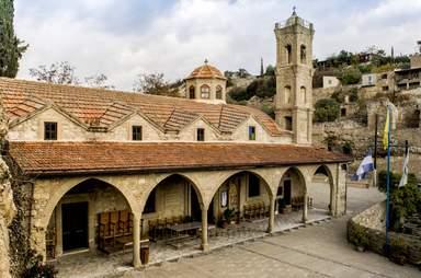 Церковь Св. Константина и Св. Елены. Тохни