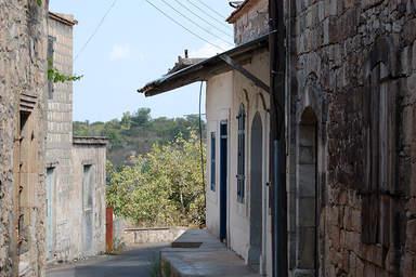 Улочки в деревне Фити