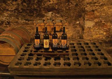Коллекционные вина замка  Мельник