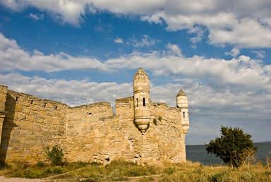 Развалины турецкой крепости Ени-Кале