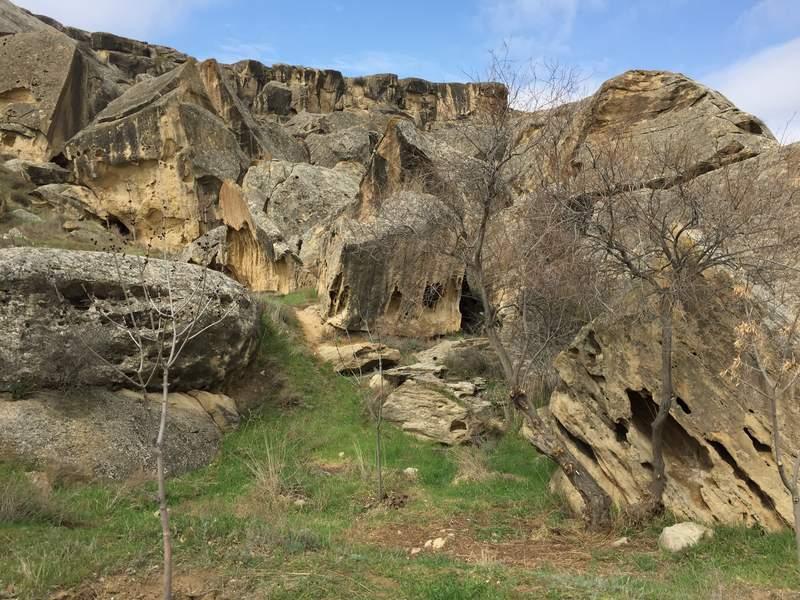Ландшафт скалистых холмов