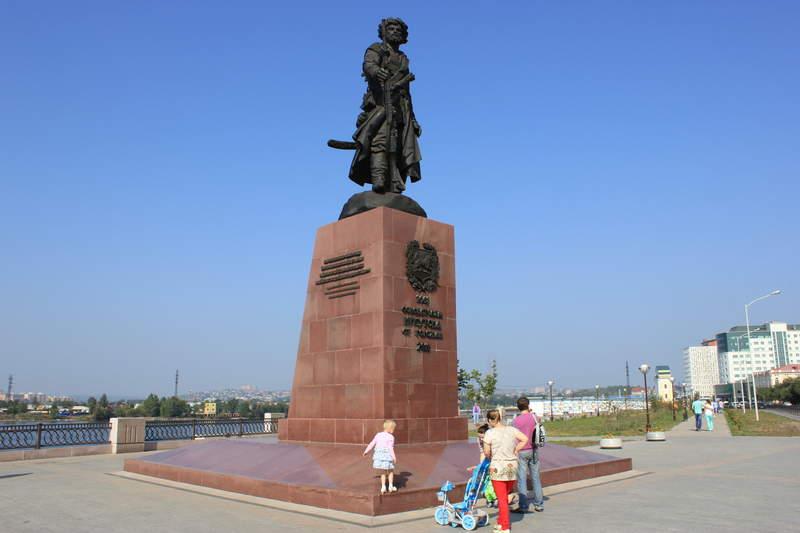 памятник казакам-первопроходцам
