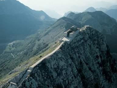 Гора Ловчен и мавзолей