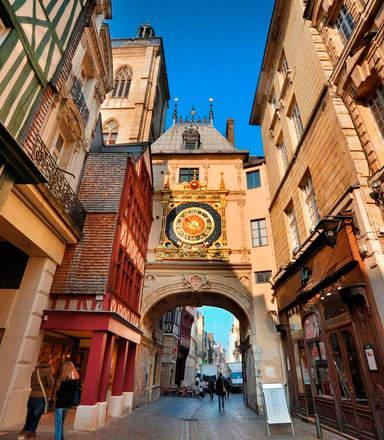 Улица Больших Часов в Руане