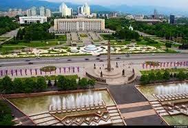 Площадь Республики в Алмате