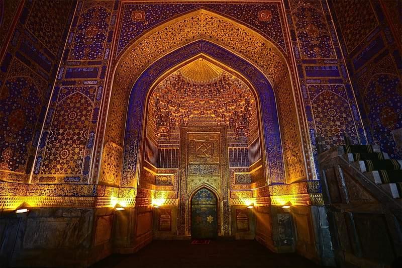 Мехраб мечети Тиллякари!