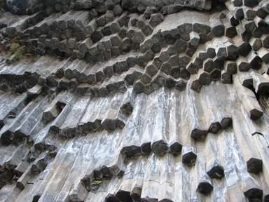 Ущелье в Гарни