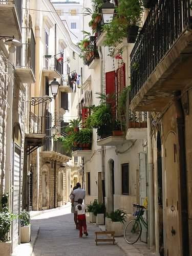 улочки старого города Бари