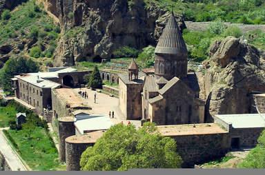 Гегард - скальный монастырь