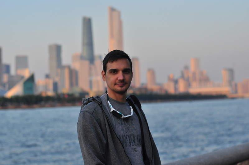 Ваш гид в Гуанчжоу - Александр Юрлов (на фоне города)