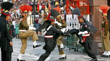 Церемония закрытия государствненной границы с Пакистаном